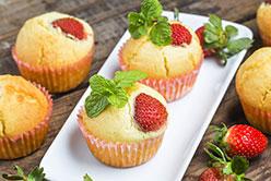 Muffins Bio à la confiture de fraises naturéO image