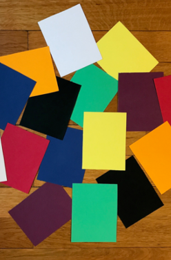 La pédagogie Montessori : le jeu des couleurs