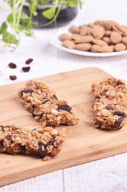 Barres diététiques aux raisins secs et amandes