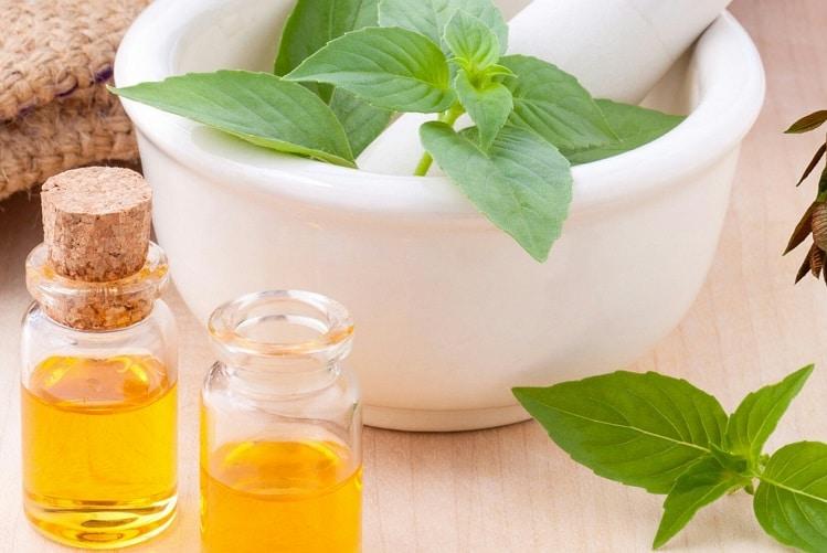 Remèdes naturels aux huiles essentielles contre le mal des transports