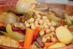 Couscous Royal : légumes, agneau et épices